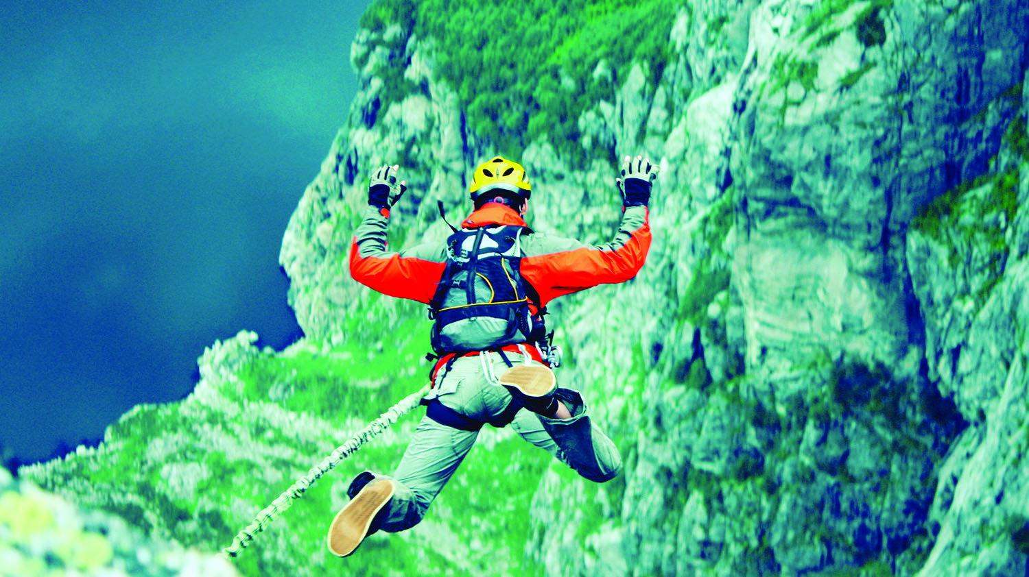 History and Adventure – Bungee jump and DMZ monuments tour